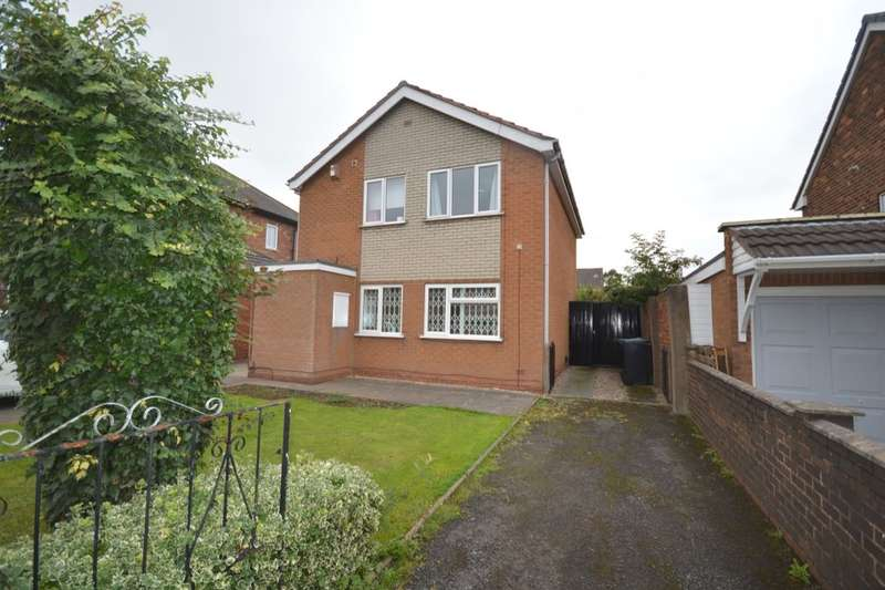 2 Bedrooms Flat for sale in Lea Avenue, Wednesbury, WS10
