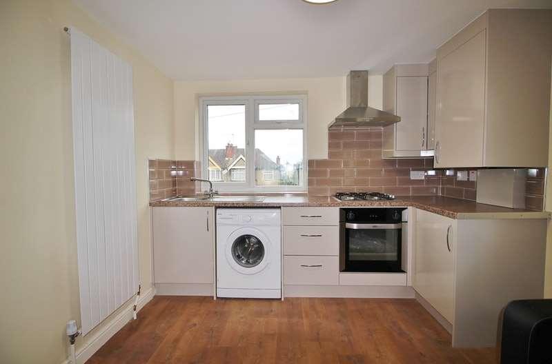 2 Bedrooms Maisonette Flat for sale in Lynton Road, Harrow, Middlesex, HA2