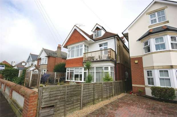 3 Bedrooms Maisonette Flat for sale in Stourcliffe Avenue, Bournemouth, Dorset