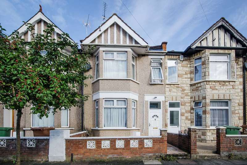 4 Bedrooms Terraced House for sale in Havelock Road, Wealdstone, HA3