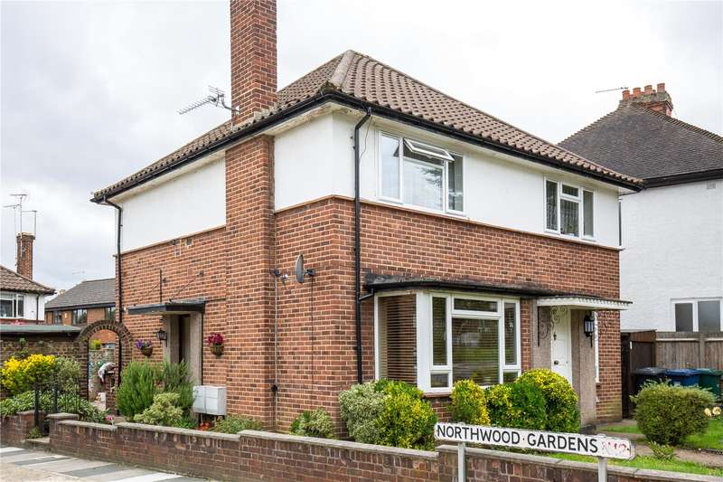 2 Bedrooms Maisonette Flat for sale in Northwood Gardens, North Finchley, London, N12