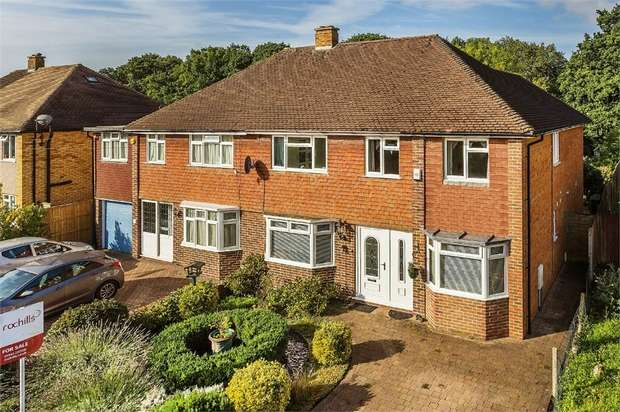 4 Bedrooms Semi Detached House for sale in Wolsey Drive, WALTON-ON-THAMES, Surrey