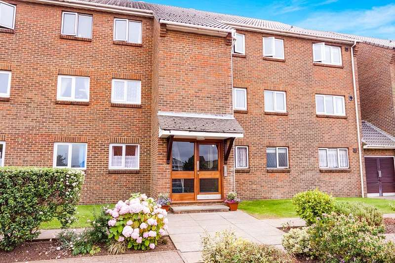 2 Bedrooms Flat for sale in Blakes Way, Eastbourne, BN23