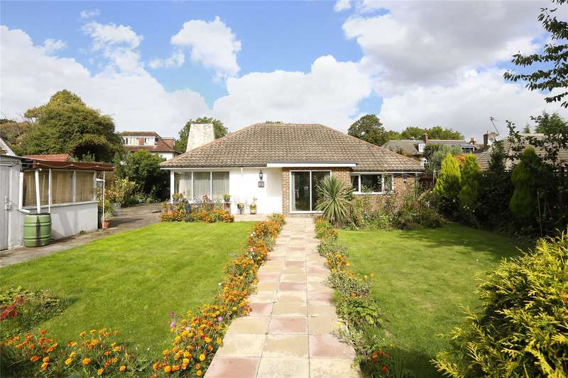 4 Bedrooms Detached House for sale in Cleaverholme Close, London