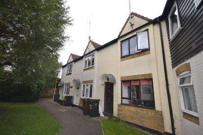 2 Bedrooms Terraced House for sale in South Woodham Ferrers, Chelmsford, Essex