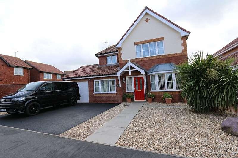 4 Bedrooms Detached House for sale in Ffordd Idwal, Prestatyn, Denbighshire, LL19 7US