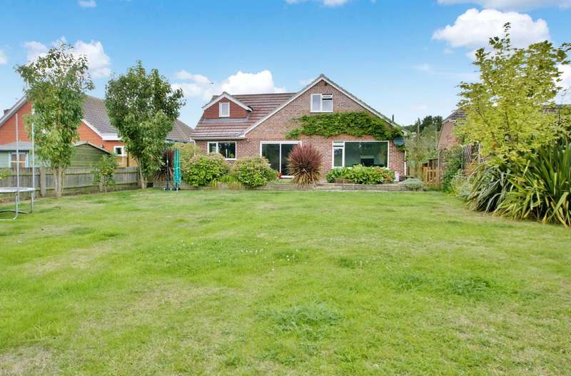 5 Bedrooms Chalet House for sale in Buxton Road, Norwich