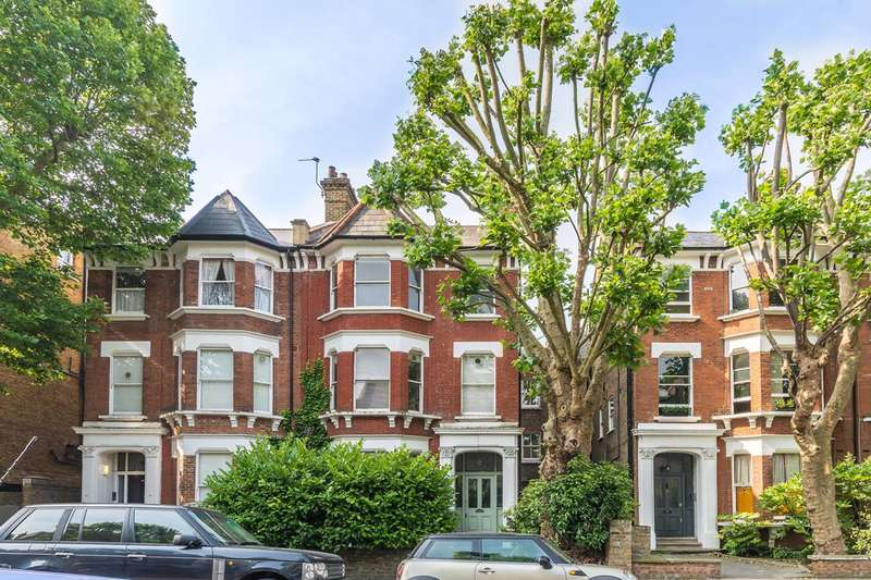 1 Bedroom Flat for sale in St Quintin Avenue, Kensington, W10