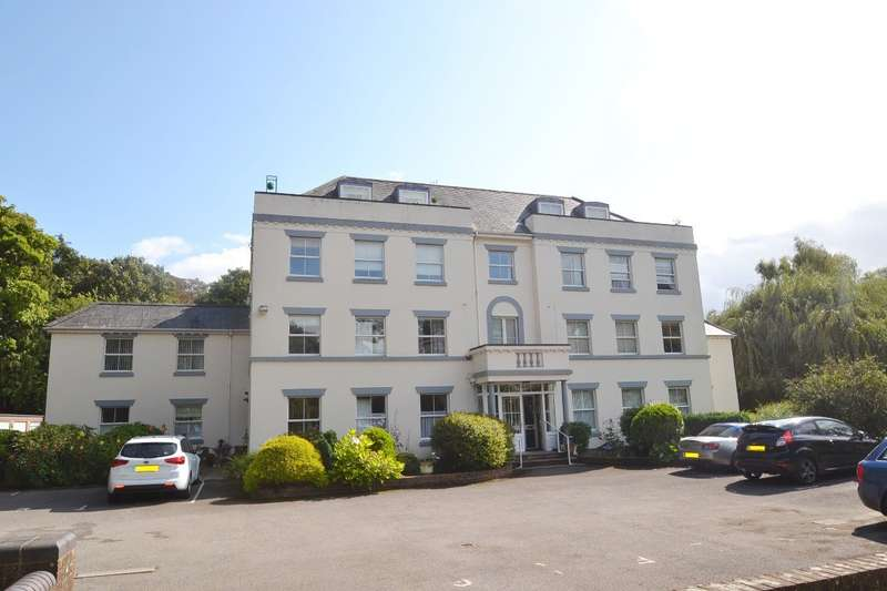 2 Bedrooms Penthouse Flat for sale in Old Bishopstoke