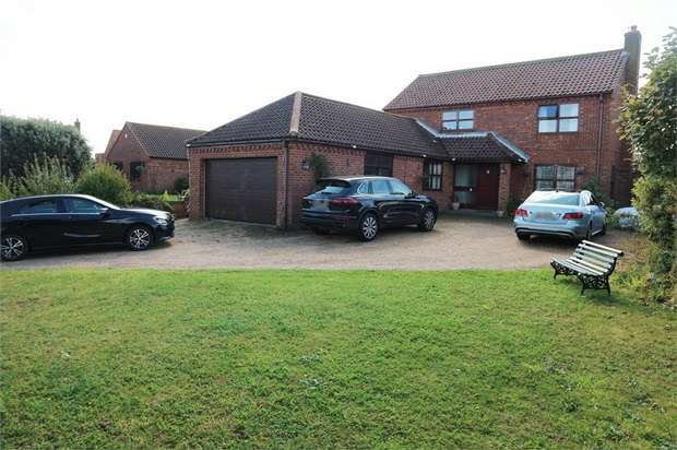 5 Bedrooms Detached House for sale in Sea View Rise, Hopton, Great Yarmouth, Norfolk
