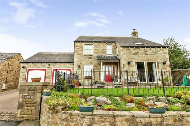 4 Bedrooms Detached House for sale in Kirk Hill Fold, Glusburn, Keighley, North Yorkshire