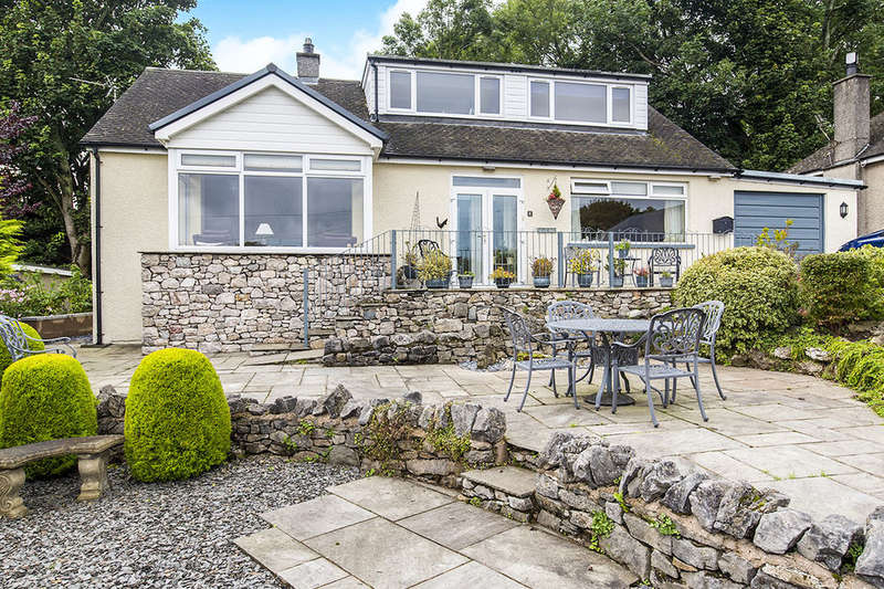4 Bedrooms Detached Bungalow for sale in Fellside Court, Grange-Over-Sands, LA11
