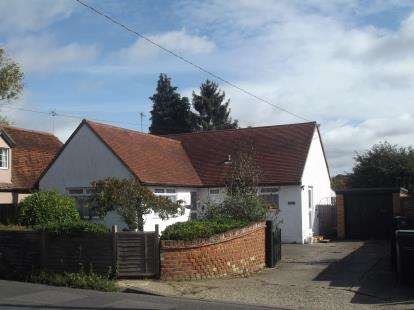 3 Bedrooms Bungalow for sale in Bocking, Braintree, Essex