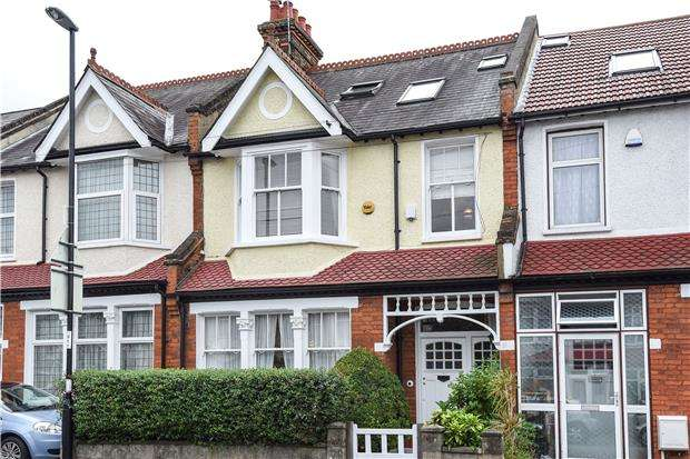4 Bedrooms Terraced House for sale in Leander Road, THORNTON HEATH,CR7