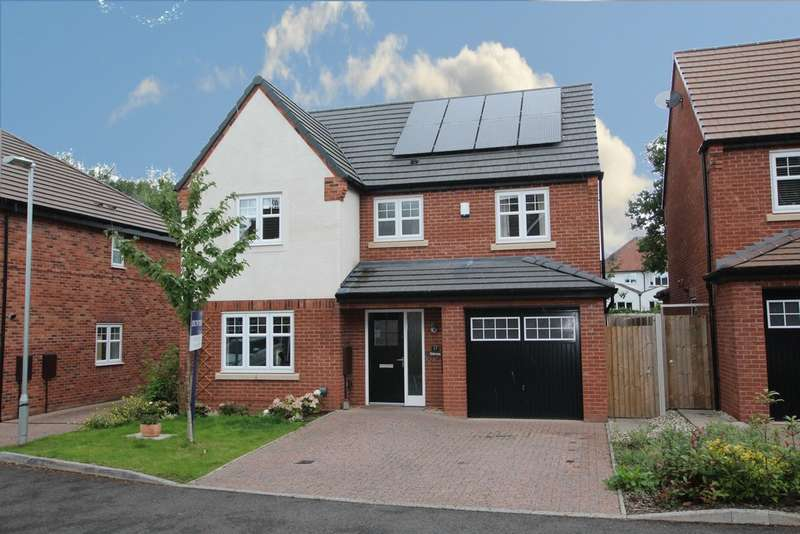 4 Bedrooms Detached House for sale in Old Marl Close, Four Oaks. B75 5NF