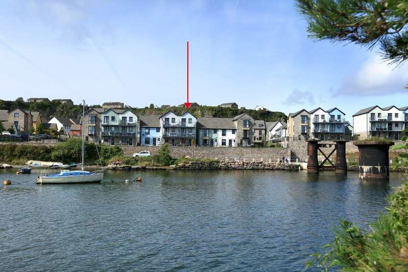 4 Bedrooms End Of Terrace House for sale in Hooe, Plymouth