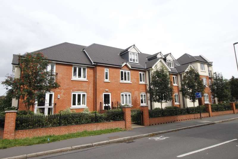 1 Bedroom Flat for sale in Laleham Road, Shepperton, TW17