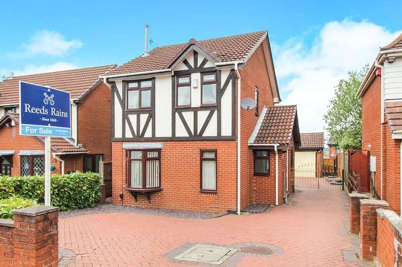 3 Bedrooms Detached House for sale in Courtney Place, Stoke-On-Trent, ST3