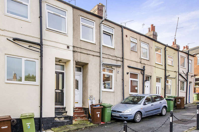 2 Bedrooms Terraced House for sale in Robinson Street, Pontefract, WF8