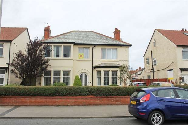 5 Bedrooms Detached House for sale in Bispham Road, Thornton-Cleveleys, Lancashire