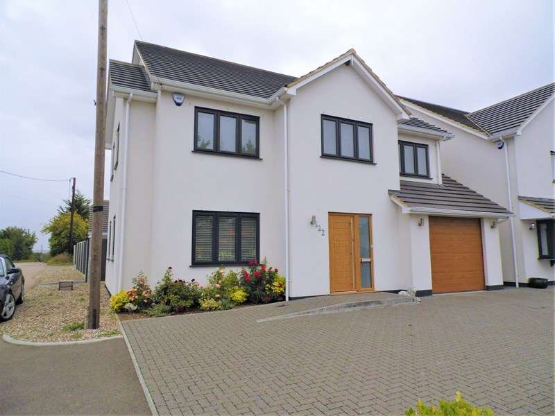 5 Bedrooms Property for sale in Rawreth Lane, Rayleigh