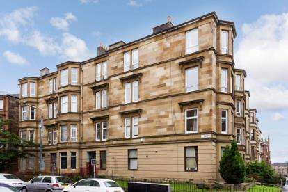 4 Bedrooms Flat for sale in Garthland Drive, Dennistoun, Glasgow