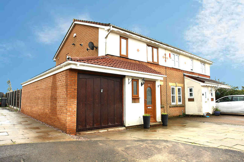 3 Bedrooms Semi Detached House for sale in 16 Dalesman Drive, Oldham
