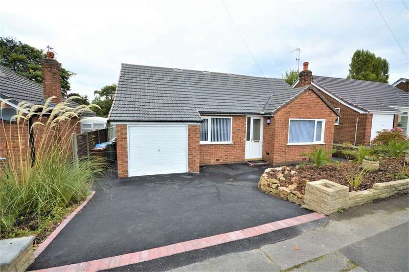 3 Bedrooms Detached Bungalow for sale in Braemar Road, Hazel Grove