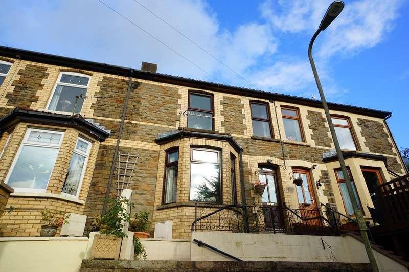 3 Bedrooms Terraced House for sale in Gelli-Unig Terrace, Cross Keys, Newport, NP11