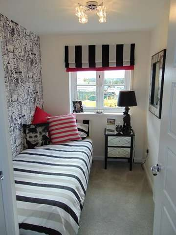 3 Bedrooms Semi Detached House for sale in Lovely 3 Bedroom Semi-Detached Home