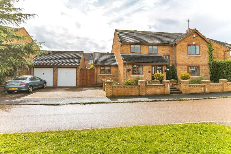 4 Bedrooms Detached House for sale in Crowborough Lane, Kents Hill