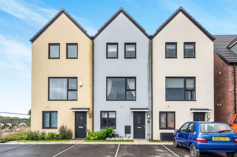 3 Bedrooms Terraced House for sale in Harbour Walk, Barry