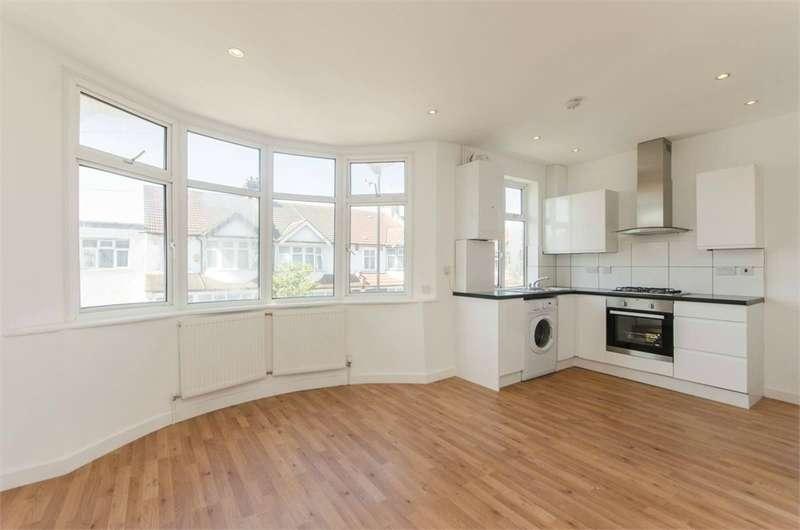 2 Bedrooms Flat for sale in Bishops Park Road, Norbury