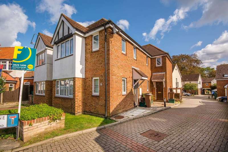 1 Bedroom Semi Detached House for sale in Oakdene Mews, Sutton, SM3
