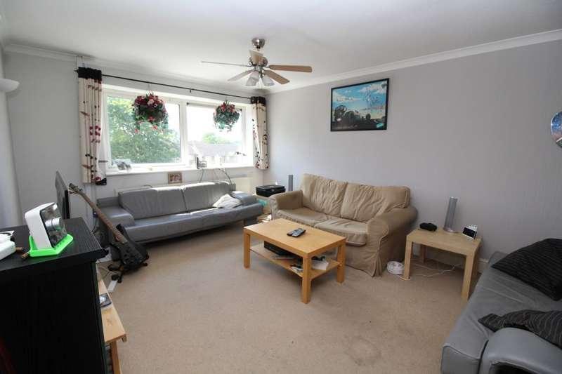 3 Bedrooms Flat for sale in Yeomans Ride, Hemel Hempstead, HP2