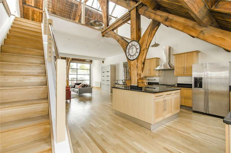 3 Bedrooms Terraced House for sale in All Saints Close, Lansdowne Way, London, SW8