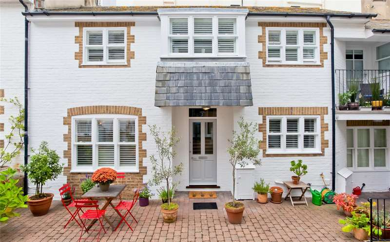 3 Bedrooms House for sale in Portland Mews, Brighton, East Sussex, BN2