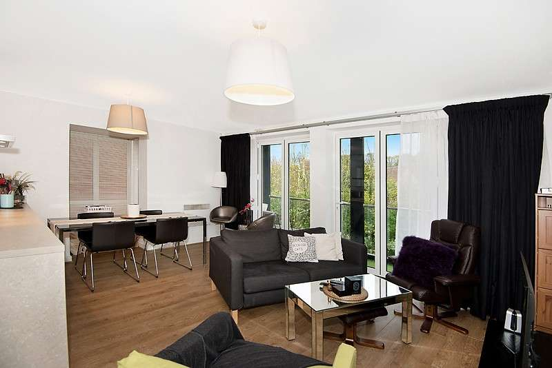 2 Bedrooms Apartment Flat for sale in The Rope Walk, Canterbury, CT1