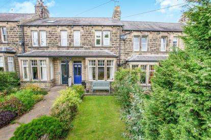 3 Bedrooms Terraced House for sale in Boroughbridge Road, Knaresborough, North Yorkshire