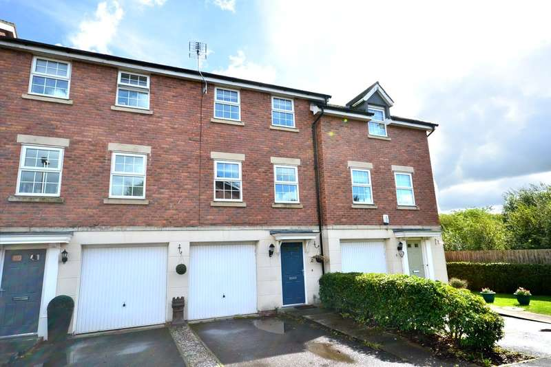 3 Bedrooms Terraced House for sale in Moss Chase, Macclesfield
