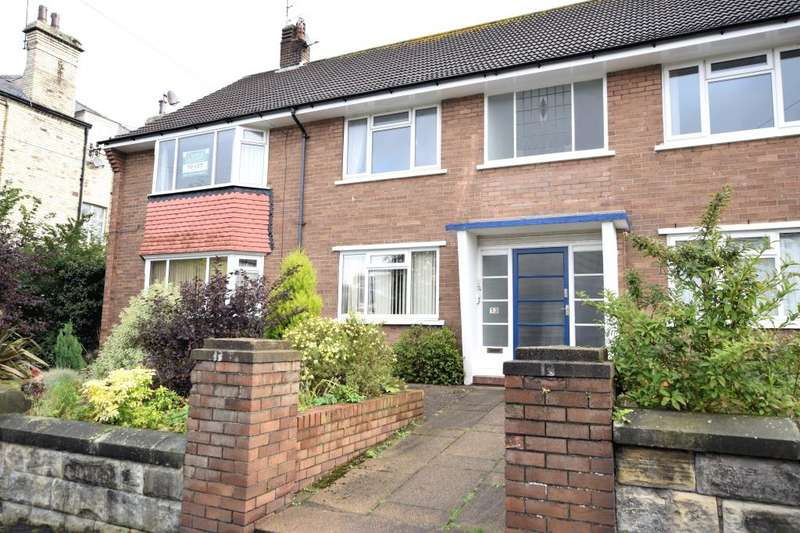 2 Bedrooms Apartment Flat for sale in Fulford Road, Scarborough, North Yorkshire YO11 2SN
