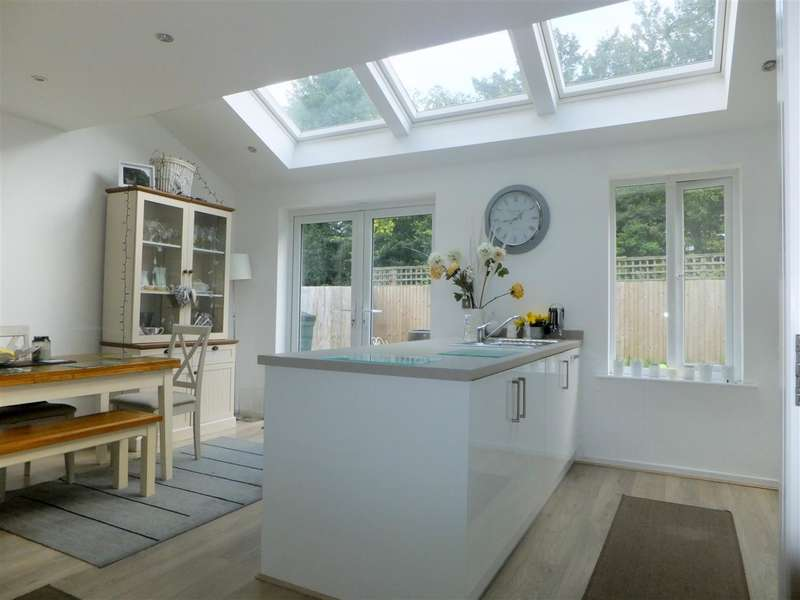 4 Bedrooms Detached House for sale in Stephenson Grove, Rainhill, Prescot