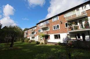 2 Bedrooms Flat for sale in Woodlands, 34 Southend Road, Beckenham, Kent