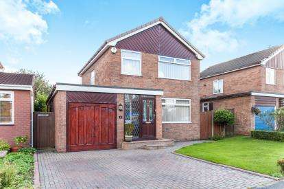 3 Bedrooms Detached House for sale in Gosling Road, Croft, Warrington, Cheshire