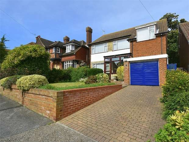4 Bedrooms Detached House for sale in Pierremont Avenue, Broadstairs, Kent