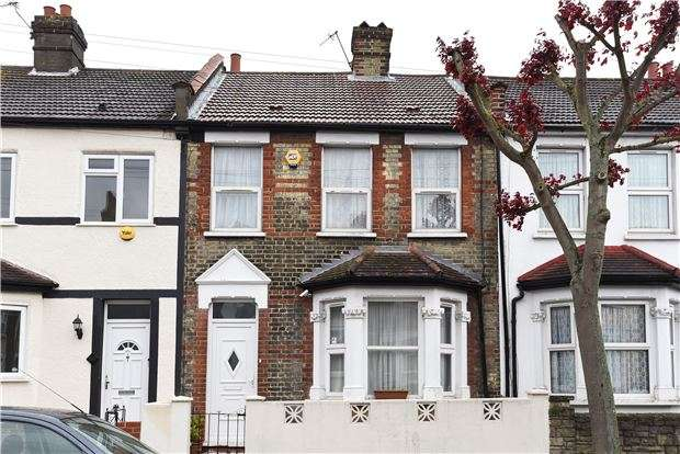 3 Bedrooms Terraced House for sale in Sutherland Road, Croydon, CR0