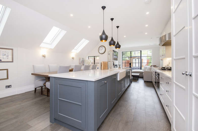 5 Bedrooms Terraced House for sale in Harvist Road, Queens Park NW6