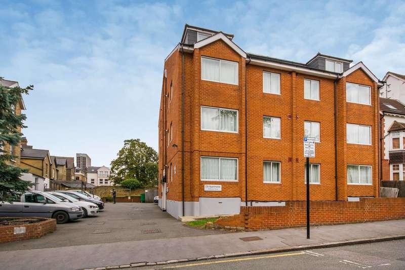 1 Bedroom Flat for sale in Alexander Lodge, Croydon, CR0