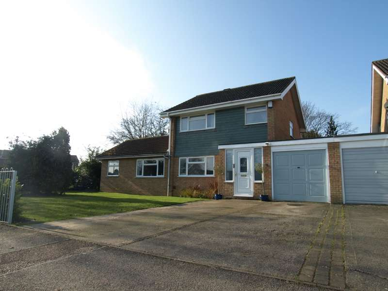 5 Bedrooms Detached House for sale in Wordsworth Avenue, Newport Pagnell, Buckinghamshire