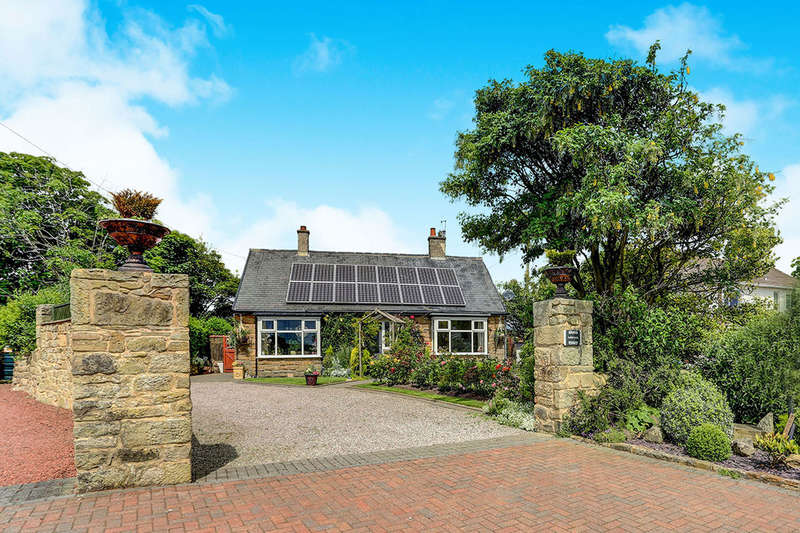 3 Bedrooms Detached Bungalow for sale in Cresswell, Morpeth, NE61